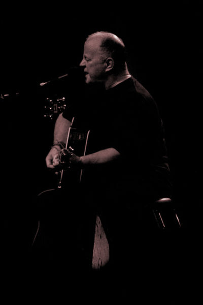 File:Christy-moore-liverpool-philharmonic-october-08.jpg