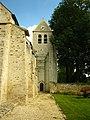 Clocher et contreforts de l'église Saint-Julien-de-Brioude à Marolles-en-Brie.JPG