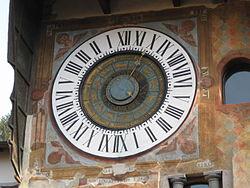 Clusone-Orologio Astronomico.jpg