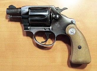 Snubnosed revolver - Colt Cobra