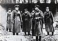 Comandante del 1er Ejército de Guardias Andréi Grechko (segundo desde la derecha).jpg