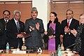 Commissioner Hamburg in India (16770303416).jpg