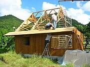 Construction en une semaine d'une maison 100% bamboun certifiée parasismique et paracyclonique