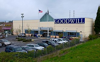 Goodwill Industries - A Goodwill store in Oregon (2017)