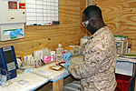 Corpsmen work to keep blood flowing DVIDS872638.jpg