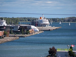 Cruise ship and lake freighter, eastern gap, toronto -a.jpg