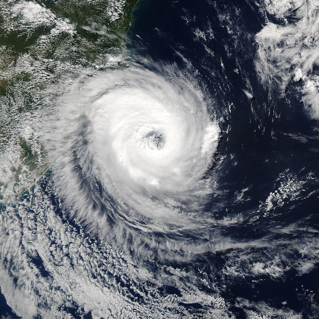 1024px-Cyclone_Catarina_2004.jpg
