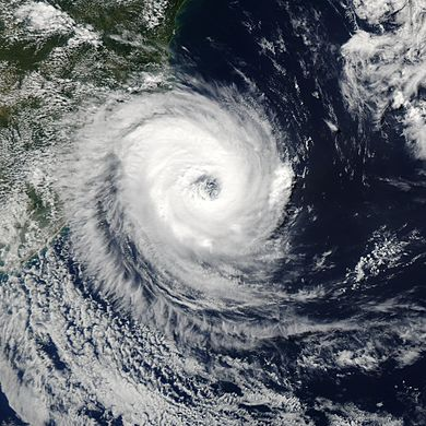 "Rare South Atlantic cyclone unofficially received the name ""Catarina"" from media outlets Cyclone Catarina 2004.jpg"