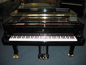 Musical keyboard - The musical keyboard of a Steinway concert grand piano