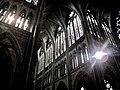 Dans les profondeur de la Cathédrale de Metz.jpg