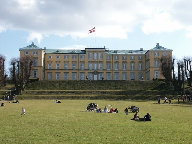 """""""Denmark Frederiksberg Palace"""" by Anonymous - Own work. Licensed under Public domain via Wikimedia Commons - https://commons.wikimedia.org/wiki/File:Denmark_Frederiksberg_Palace.JPG#mediaviewer/File:Denmark_Frederiksberg_Palace.JPG"""
