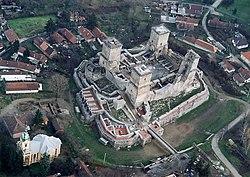 A vár légifotón