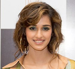Disha Patani at the launch of Arth restaurant 2x cropped.jpg