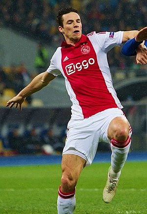 Nick Viergever - Viergever playing for Ajax in March 2015.