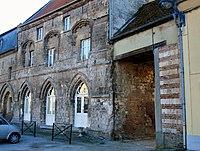 Domart-en-Ponthieu maison des Templiers 1.jpg