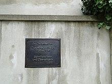 Gedenktafel für Dorothea Tieck auf dem Alten Katholischen Friedhof in Dresden (Quelle: Wikimedia)