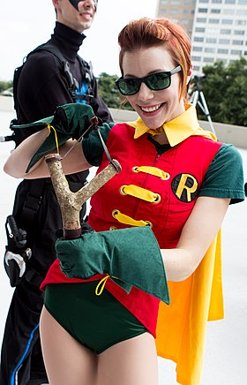 Cosplay de Carrie Kelley en Robin.