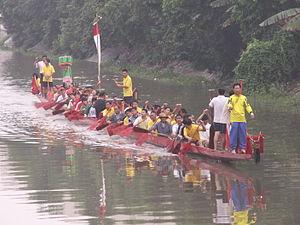 Paddling - Cantonese dragon boat