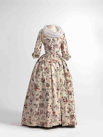 Chintz - Image: Dress (robe à l'anglaise) and skirts in chintz, ca. 1770 1790, shawl (fichu) in embroidered batiste, 1770 1800