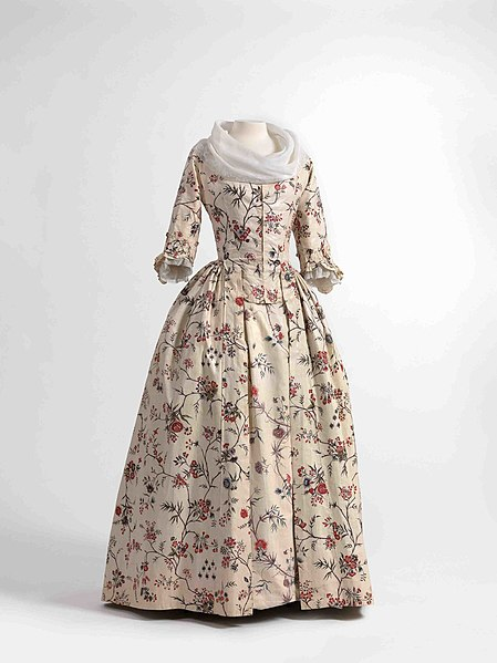 File:Dress (robe à l'anglaise) and skirts in chintz, ca. 1770-1790, shawl (fichu) in embroidered batiste, 1770-1800.jpg