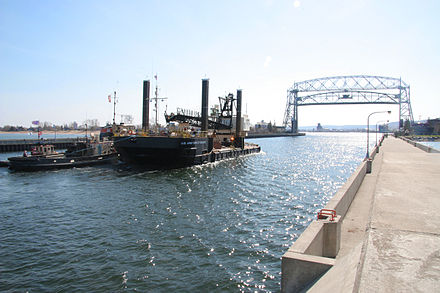 The Aerial Lift Bridge at Duluth Duluth canal.jpg