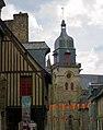 Eglise St-Léonoard et Musée La Villéon.jpg