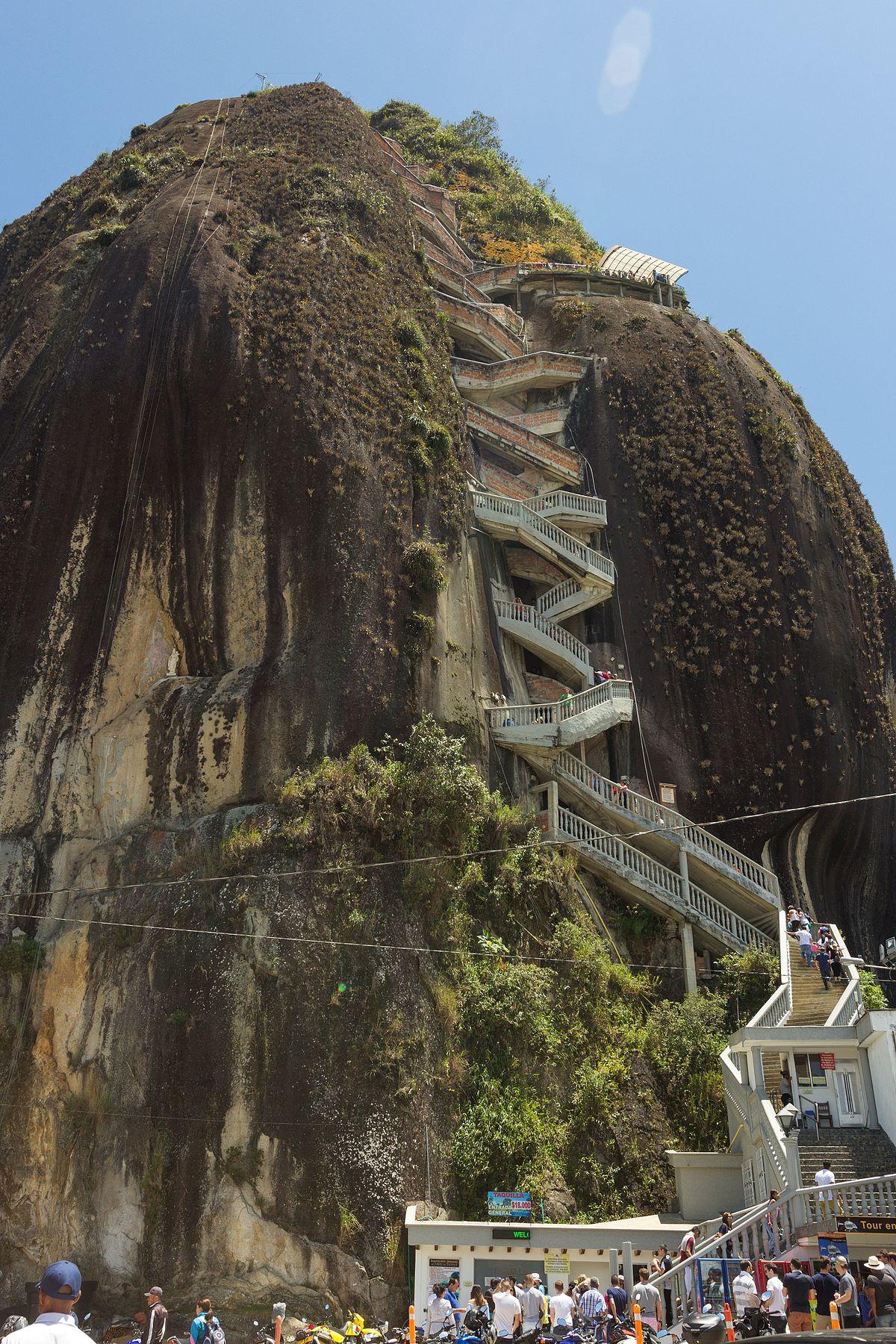 El Peñón de Guatapé - Wikipedia