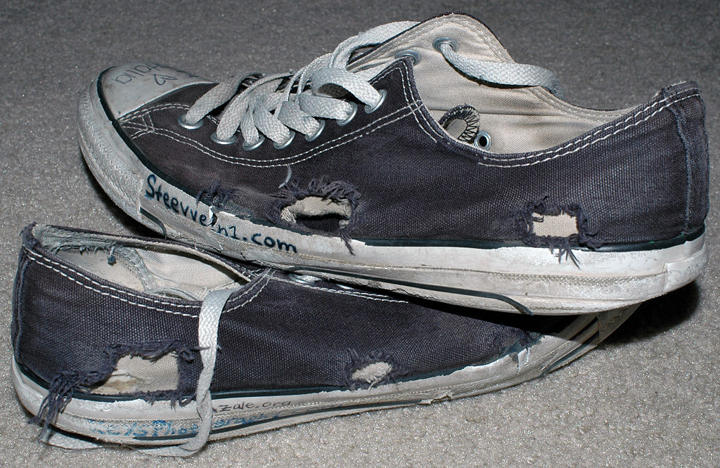 Size Chart Converse Shoes: Emo beat up chuck taylor all star converse.jpg - Wikimedia ,Chart