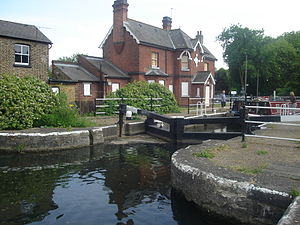 Enfield Lock (lock) - The lock, cottages and toll office