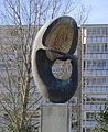 Födelse i rymden av Karin Norelius, skulptur i Malmö.jpg