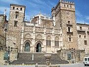 Fachada del monasterio de Guadalupe.jpg