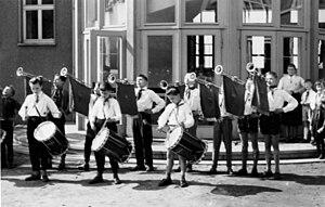 Ernst Thälmann Pioneer Organisation - At the school in Biehla, ca. 1960