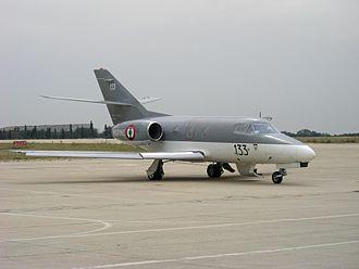 Dassault Falcon 10 - Image: Falcon 10 MER