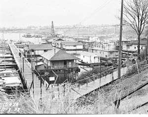 Floating homes, Portage Bay, Seattle, Washington, 1938.jpg