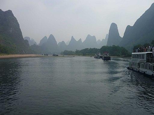 Flussfahrt auf dem Li-Fluss