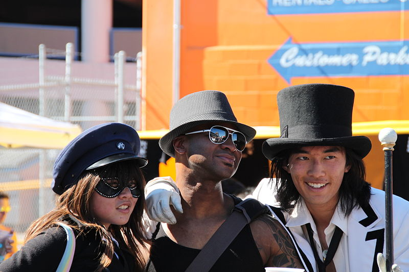 File:Folsom Street Fair Hats 2010.jpg