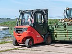Forklift, 12. Internationales Maritimes-Fahrzeugtreffen, Ribnitz-Damgarten (P1060541).jpg