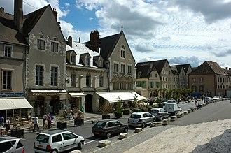 Eure-et-Loir - Image: France Eure et Loir Chartres Vieille ville 02