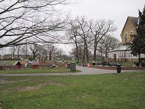 Friary Park - Image: Friary Park playground and cafe