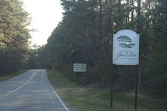 Gadsden County, Florida - The sign for Gadsden County while entering Florida from Georgia