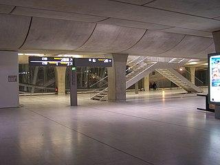 Gare CDG2-Niveau superieur.jpg