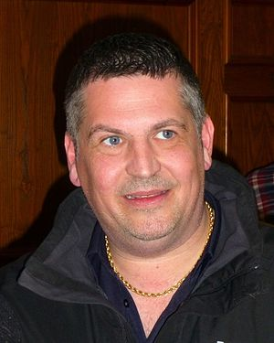 Gary Anderson (darts player) - Image: Gary Anderson (Exeter 2016)