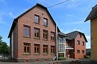 Gemünden - Grundschule (1 06.2015).jpg