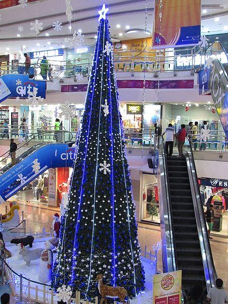 File:Giant-christmas-tree-at-sky-walk-mall-chennai.jpg