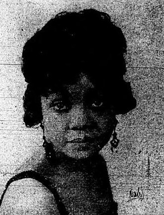 Gonzelle White - From a 1922 newspaper advertisement