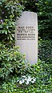 Grave of Max Born at Stadtfriedhof Göttingen 2017 01.jpg