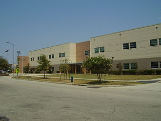 Gregory-Lincoln Education Center - Image: Gregory Lincoln ESMS Sunny