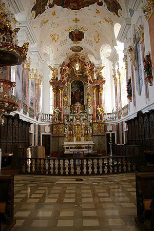 Günzburg - Altar at the Frauenkirche.