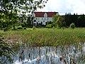 Gutshaus Henneckenrode mit Teich - panoramio.jpg
