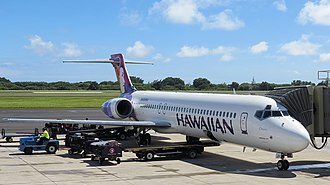 Lihue Airport - A Hawaiian Airlines Boeing 717 at the gate.